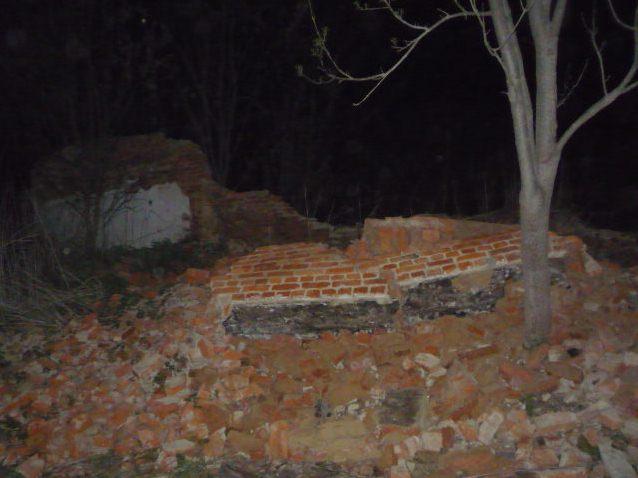 ВЧернском районе ребенок умер при обрушении стены дома